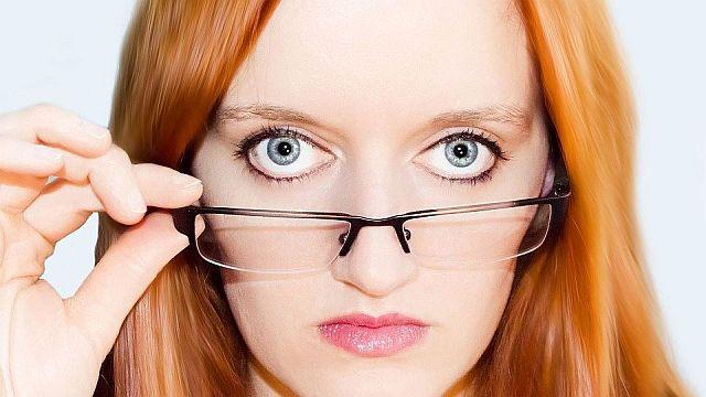 Коли потрібно носити окуляри