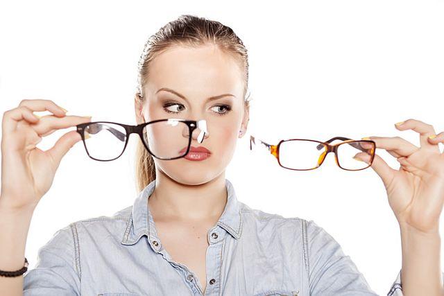 Як вибрати оправу для окулярів для зору